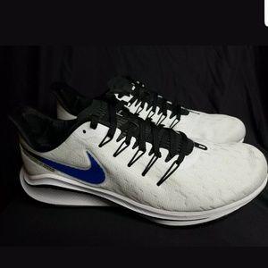 Men's Nike Air Zoom Vomero 14 size 9
